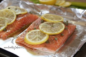 Baked Dill, Lemon and Caper Salmon | www.fireflytales.net