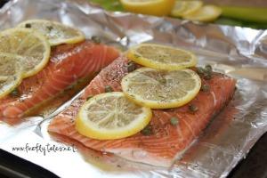 Baked Dill, Lemon and Caper Salmon | www.fireflytales.net