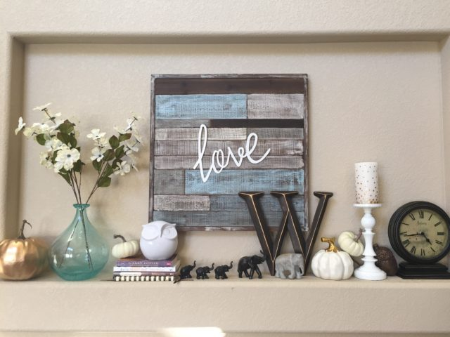 Fall Mantel Decor & Ideas {www.fireflytales.net}